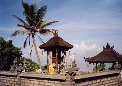 Blick vom Tempel auf den Indischen Ozean